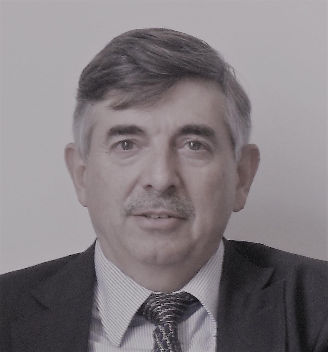 Tezanos Pinto, Fernando