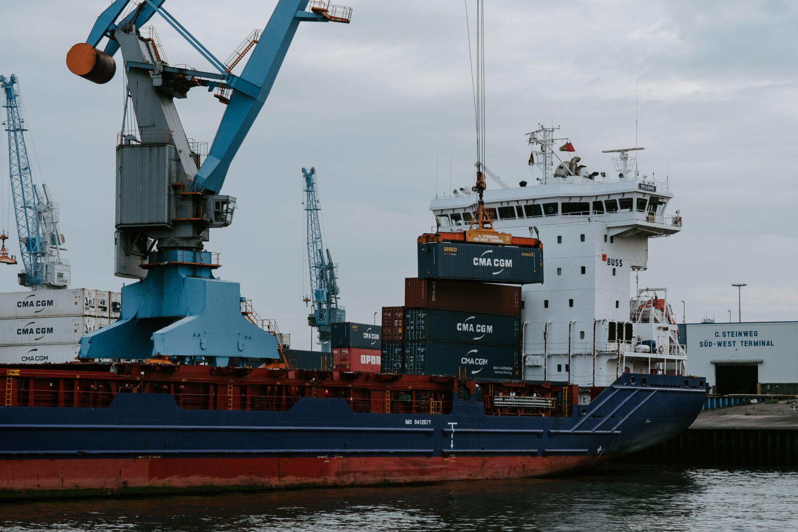 Reglamentación de importaciones