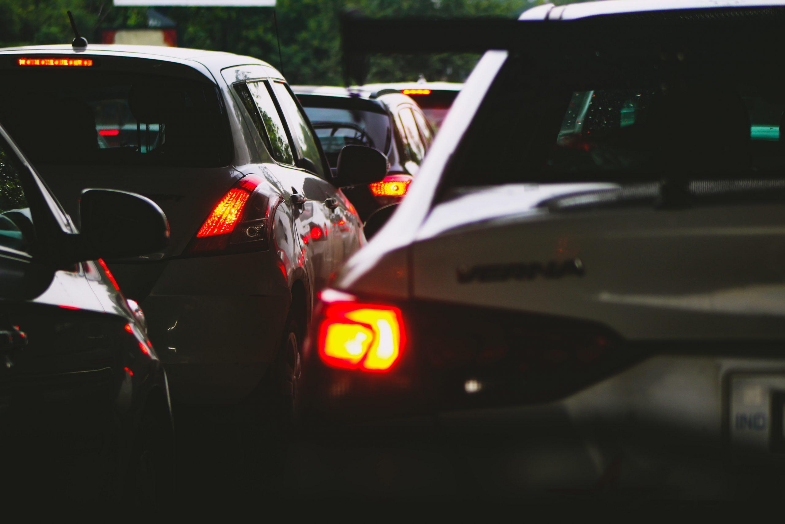 Reforma tributaria establece planes de pago para deudores de multas de tránsito