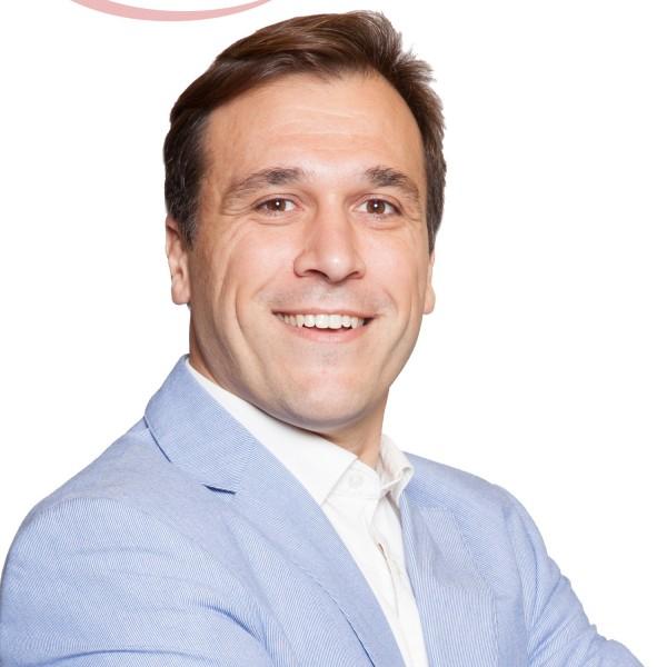 Calvo Gama, Hugo